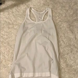 Lululemon white fitted tank